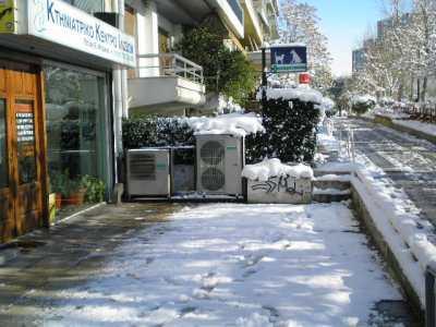 Ανεβαίνοντας τη Μαιάνδρου με χιόνια